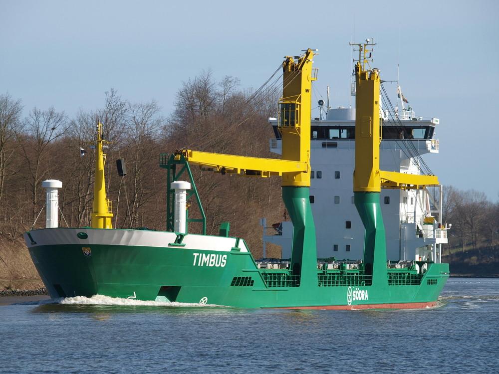 ein farbenfrohes Schiff ....