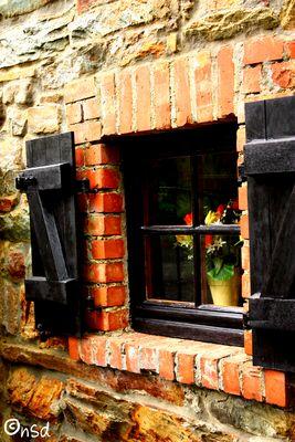 Ein Fenster sagt viel aus ueber das Haus...