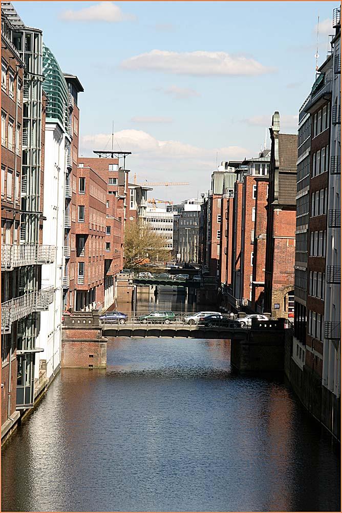 Ein Fleet mitten in Hamburg
