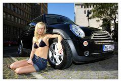 Ein Frau und ihr Auto...