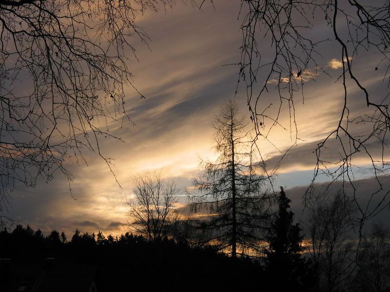 Ein Himmel im Spätherbst
