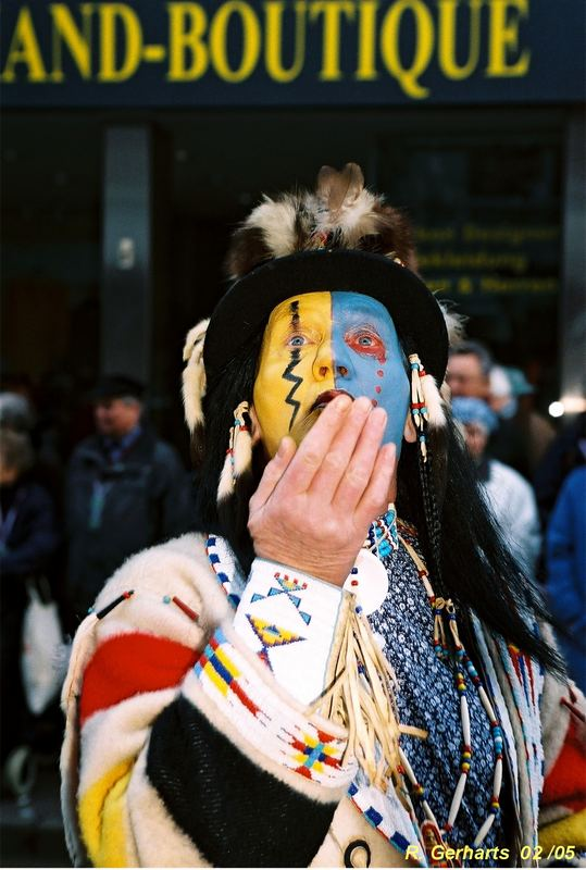 Ein Indianerküßchen in Ehren kann niemand verwehren.