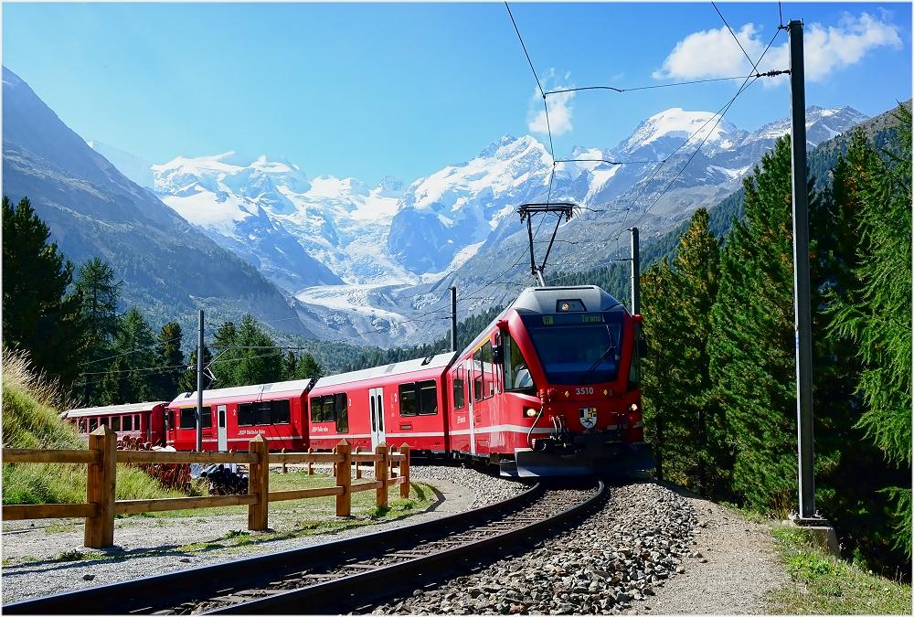 Ein klassisches Motiv der Berninabahn.....
