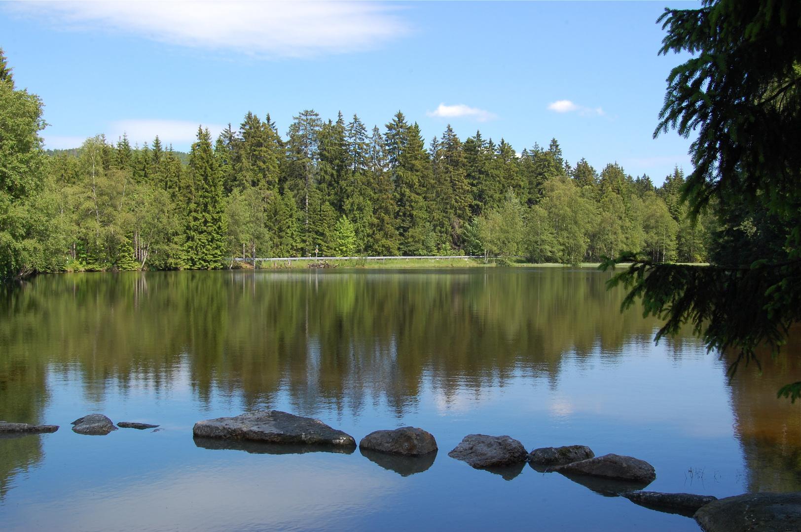 Ein kleiner See beim Karches