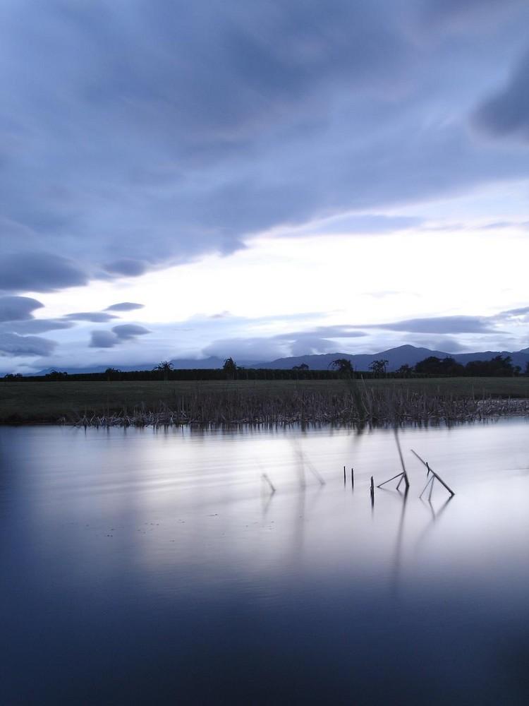Ein kleiner See in Neuseeland