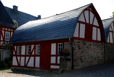 Ein kleines Wohnhaus in der Nähe vom Braunfelser Schloss