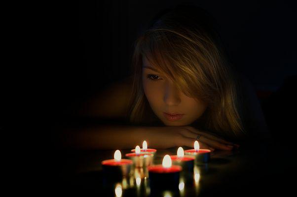 .....ein Lichtlein brennt....