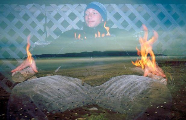 ein MENSCH brennt