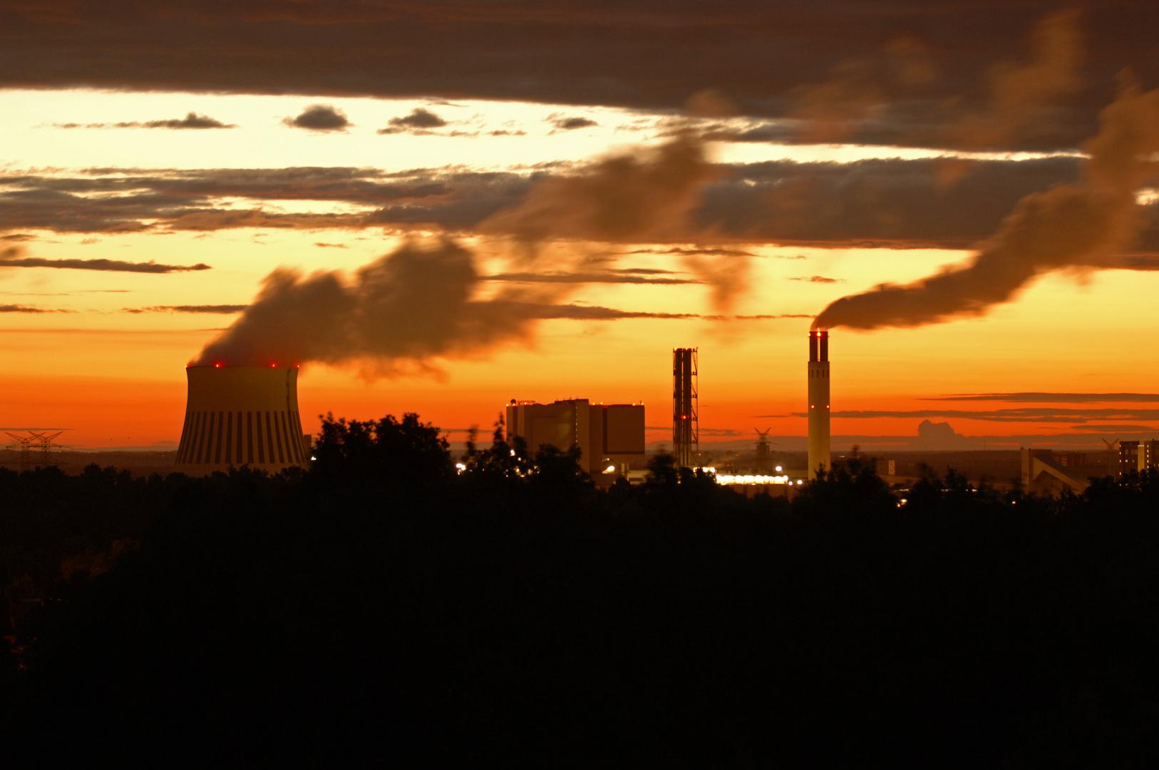 Ein neuer Tag beginnt, Sonnenaufgang über Berlin Richtung  Nordost um 3.23 Uhr