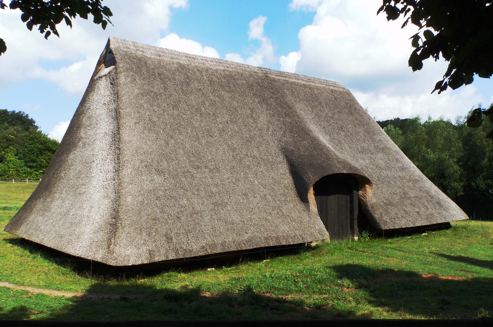 Ein Nur-Dach-Gebäude