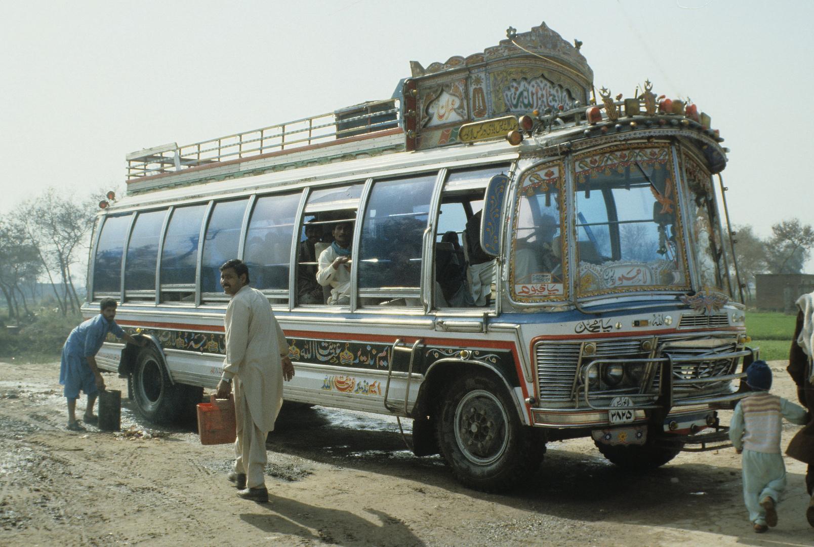 ein pakistanischer Bus