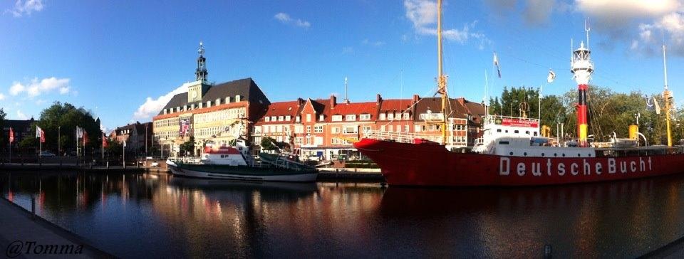 Ein panoramabild von Emden