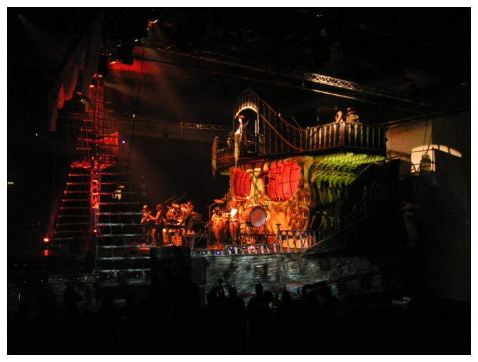 Ein Piratenschiff in der Halle (2)