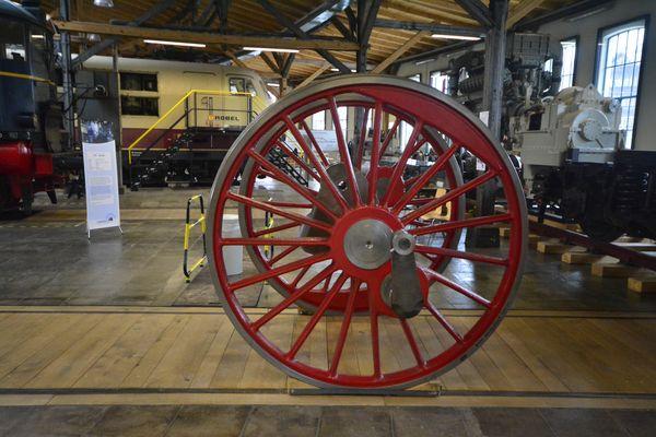 Ein Rad der Treibachse der Bayrischen S 3/6 (1912) in der Lokwelt Freilassung