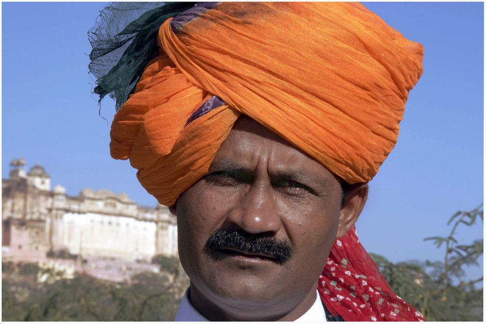 ein Rajphut beim Amber Fort in Jaipur