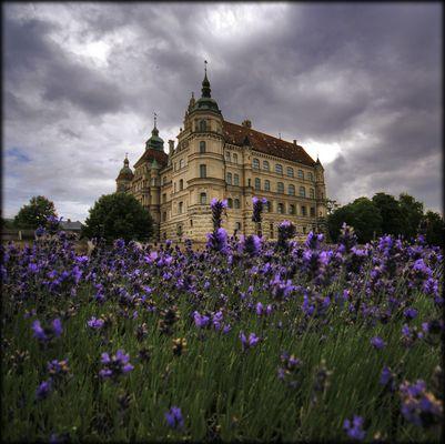 ein renesainceschloß für die lavendel prinzessin...