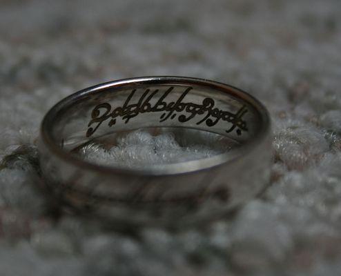 Ein Ring sie zu knechten....