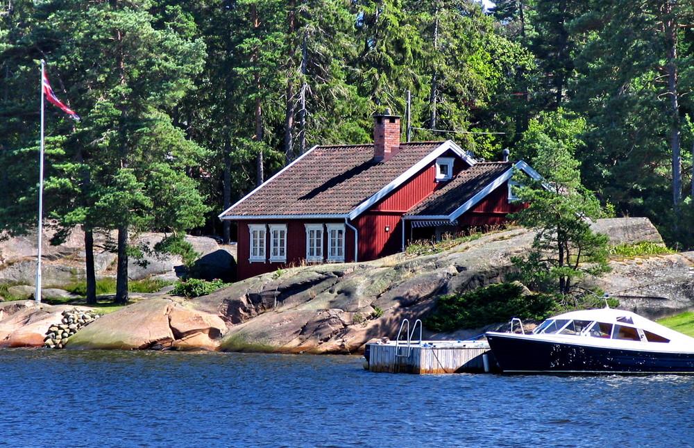 ein rotes haus im oslofjord foto bild europe scandinavia norway bilder auf fotocommunity. Black Bedroom Furniture Sets. Home Design Ideas