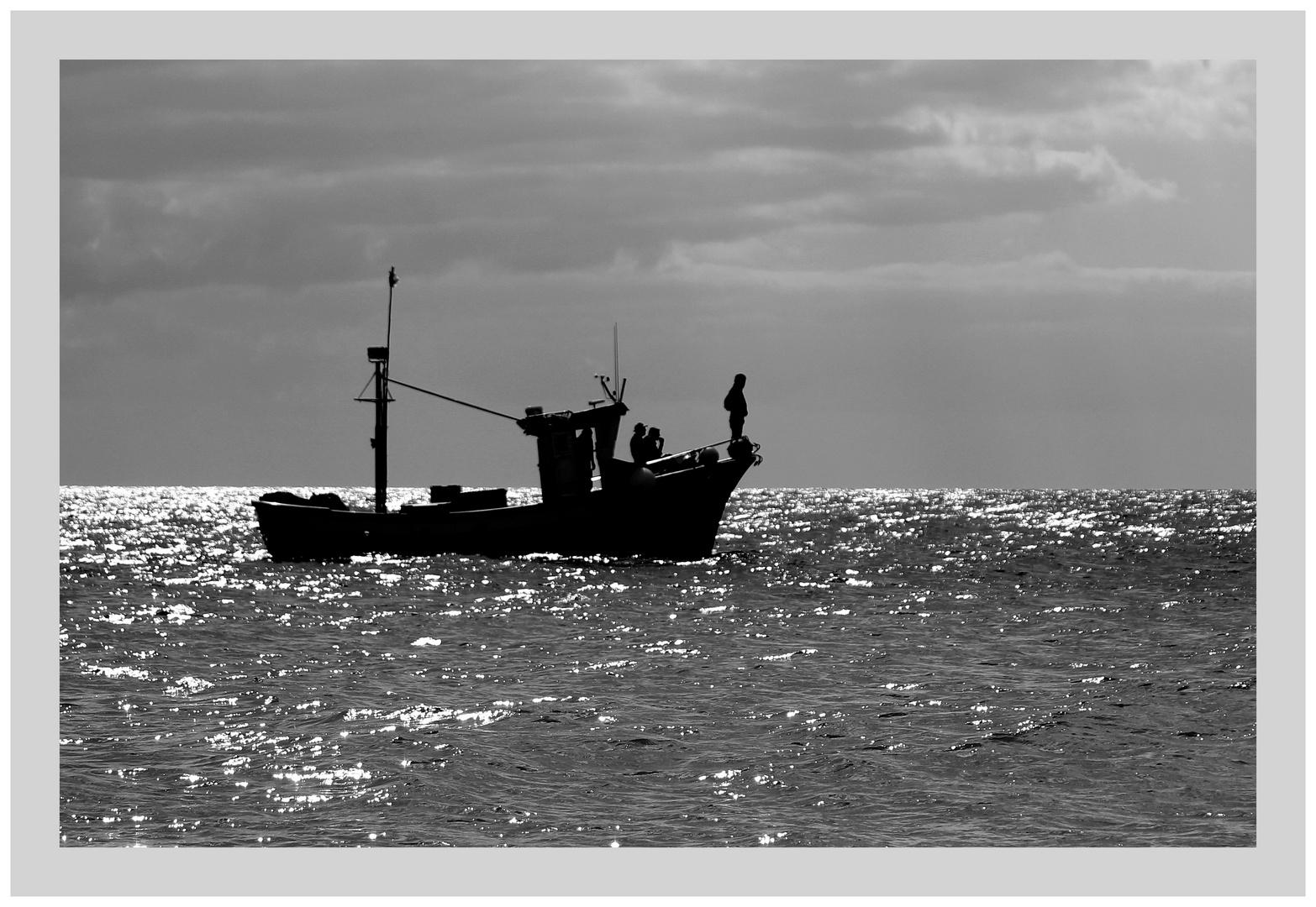 Ein Schiff wird kommen, oder auch gehen, oder auch bleiben oder....VIERTER Versuch :-)))