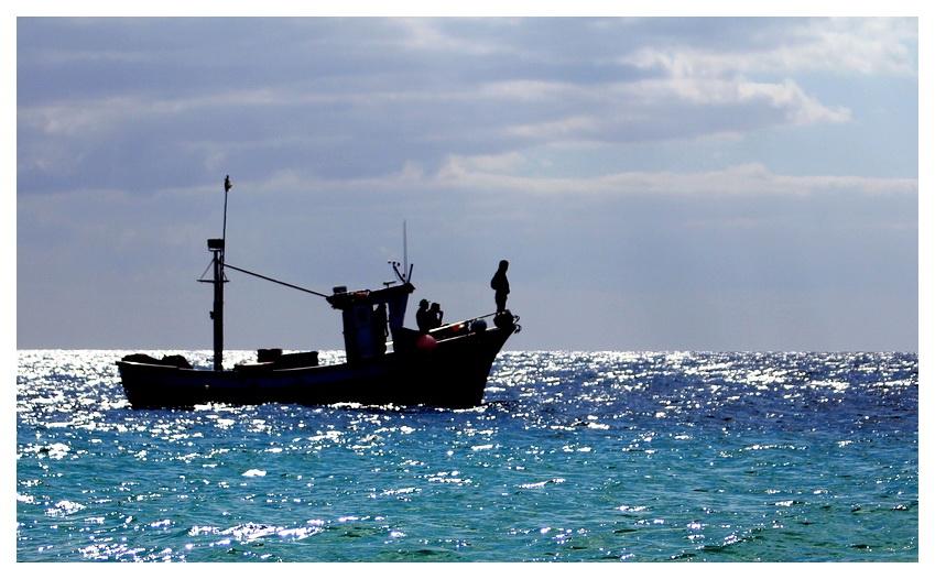 Ein Schiff wird kommen, oder auch gehen....dritter Versuch ;.))