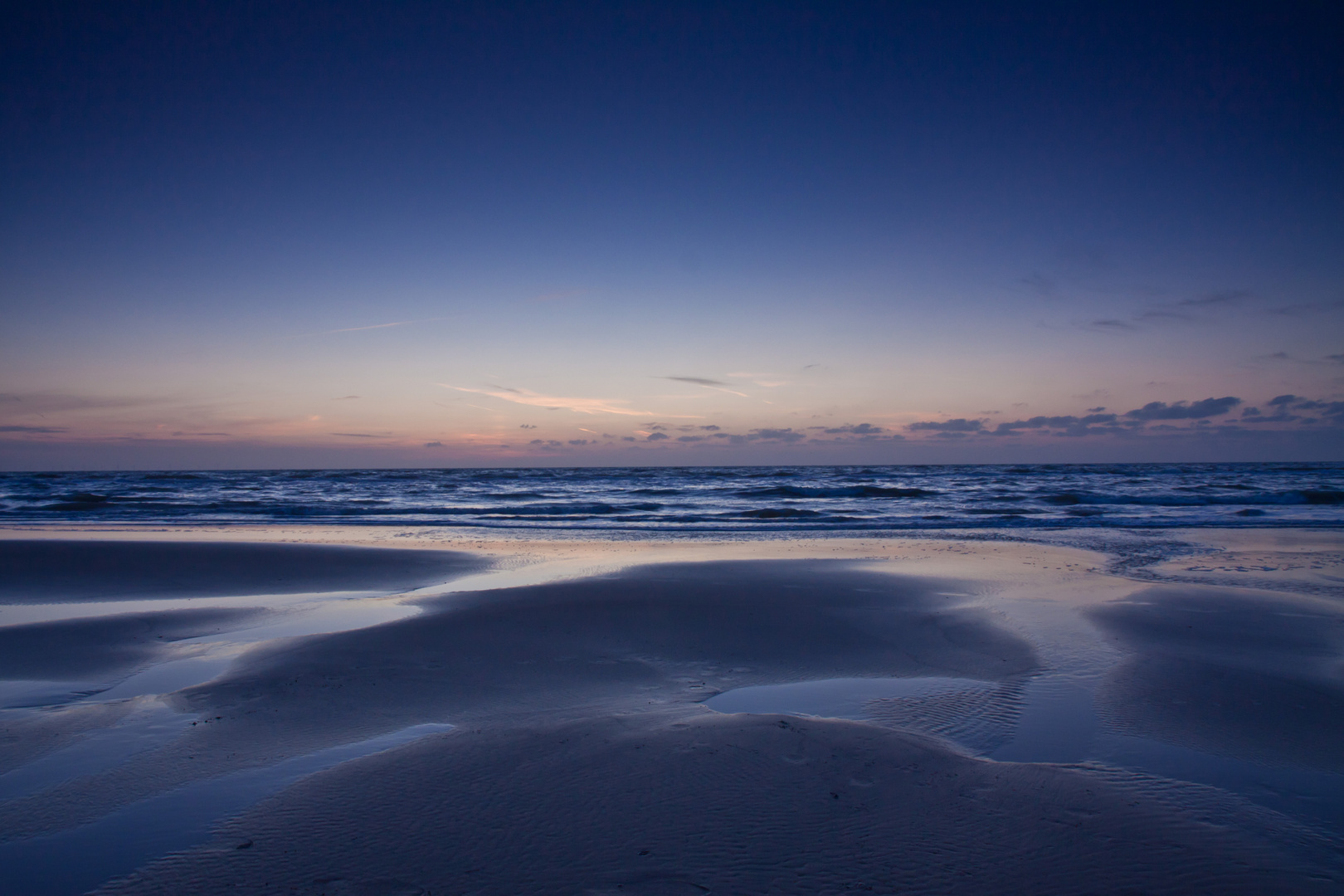 Ein schmaler Streifen Meer
