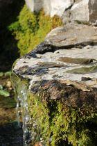 Ein sehr kleiner Wasserfall;-)