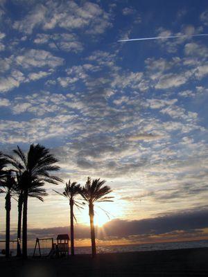 Ein Sonnenaufgang mit unglaublichen Wolkenformen