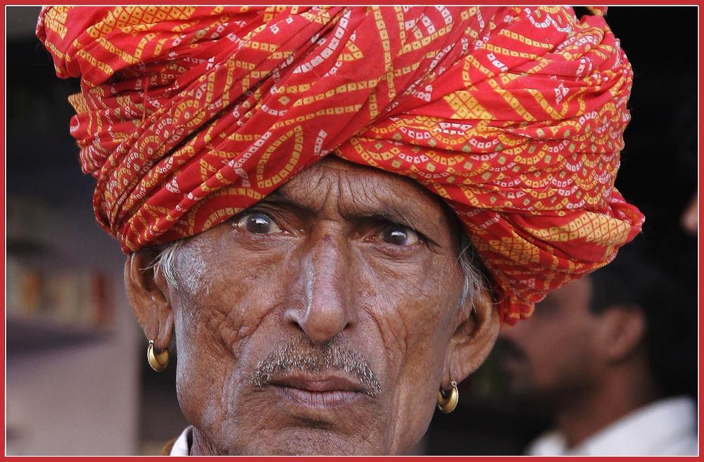 ein stolzer alter Mann in Mukandgarh