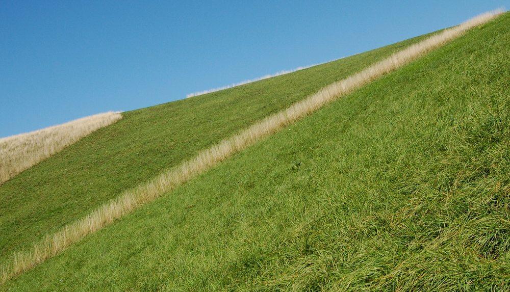 Ein Strich in der Landschaft oder ein kleines Lebenszeichen des derzeit faulenzierenden Accounts