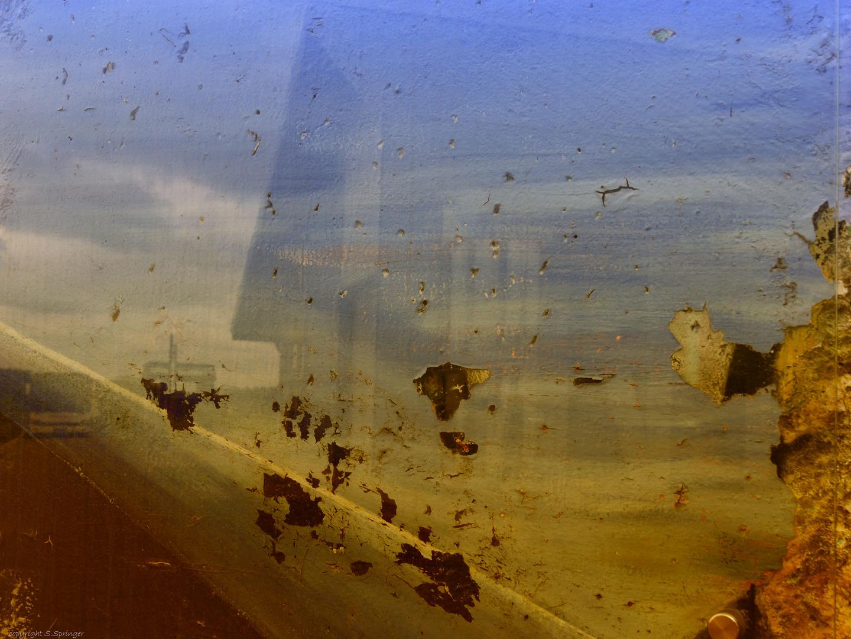 Ein Stück der Berliner Mauer .....