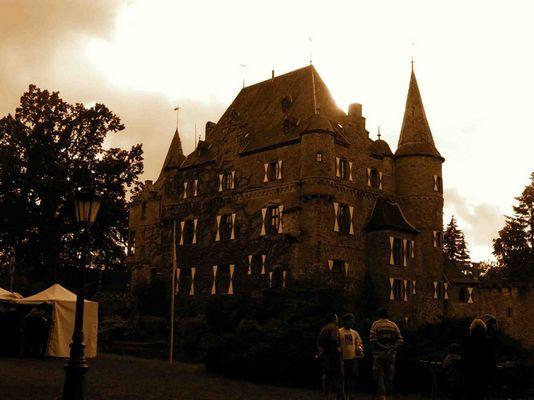 Ein Tag auf Burg Satzvey