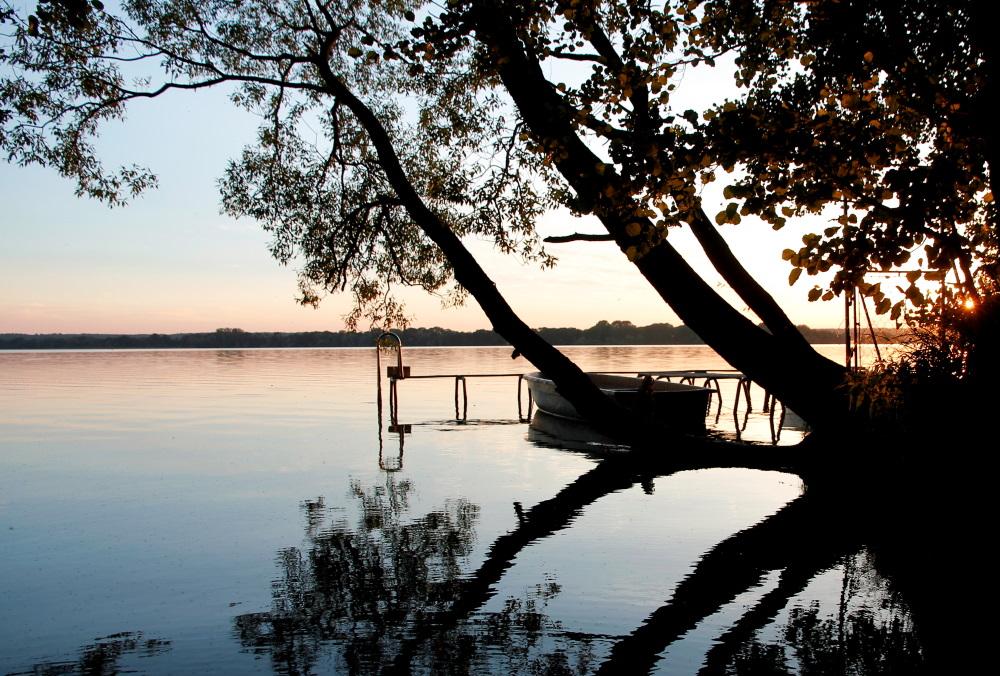 ein Tag endet am Schweriner See (Flessenow)