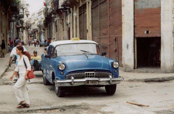 ein Taxi in Kuba