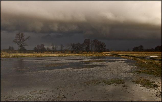 Ein Unwetter zieht vorbei