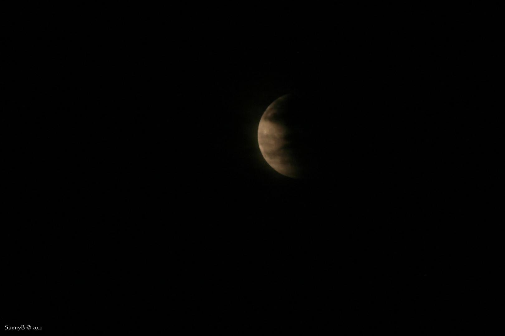 Ein verdeckter Mond ...