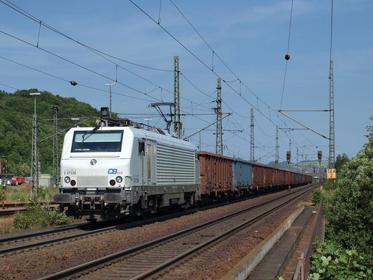 Ein weißes Fretchen kommt durch Eisenach gefahren Teil 2