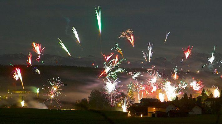 Ein weiteres Bild des Feuerwerks in Glonn