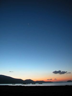 Ein wunderschöner grieschischer Morgen mit einem Teil der Sternenabbildes!