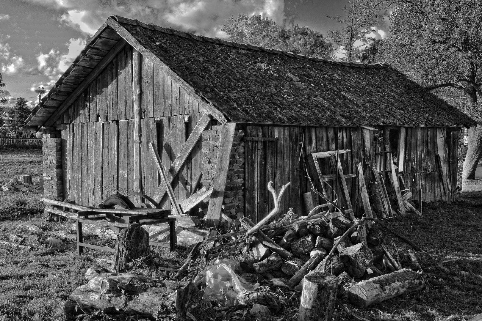 Eine alte Scheune in Polen.