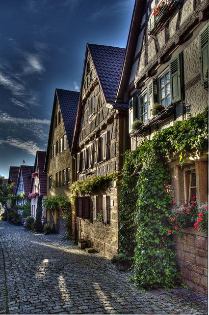 Eine alte Strasse in Marbach