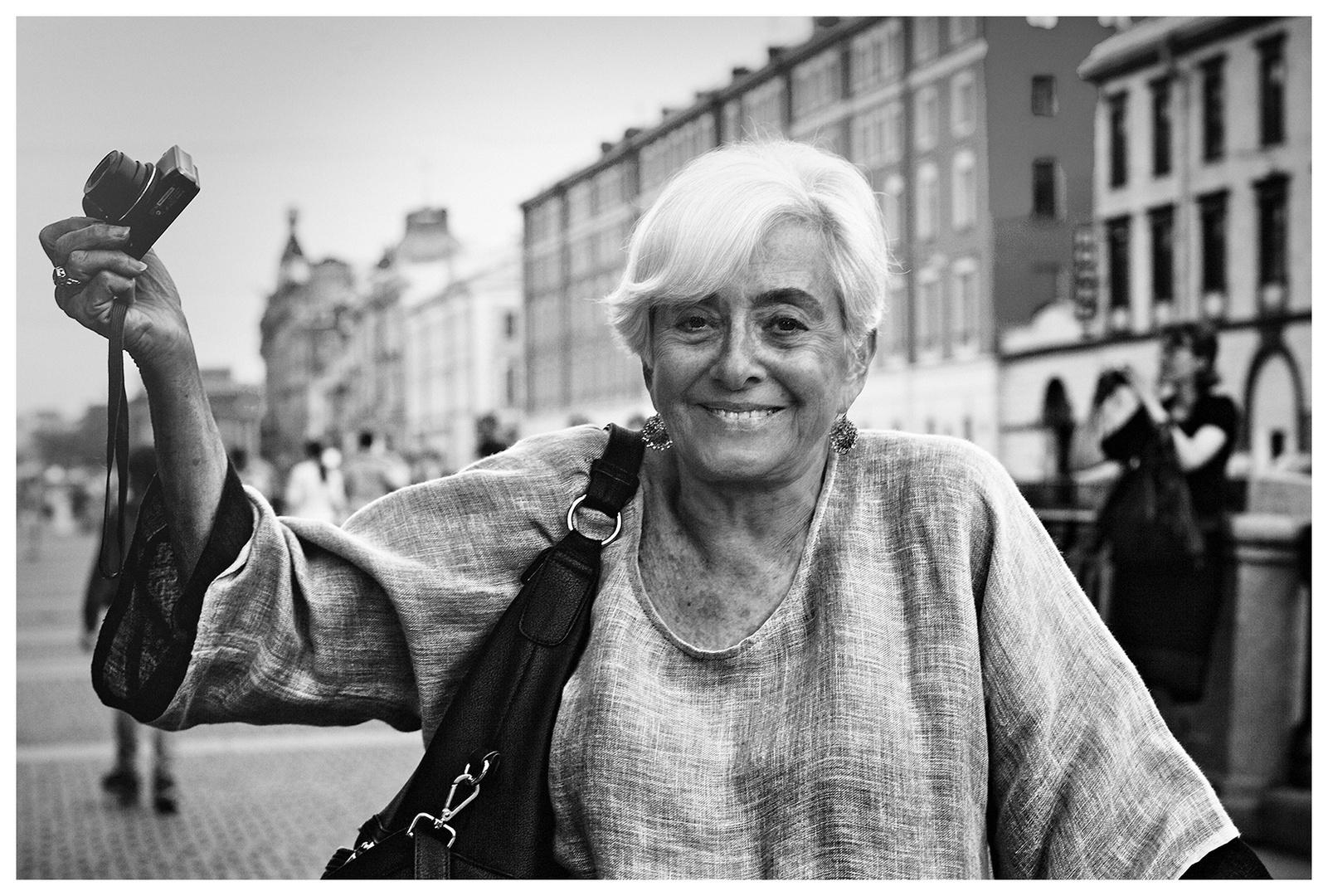 eine Amerikanerin in St. Petersburg