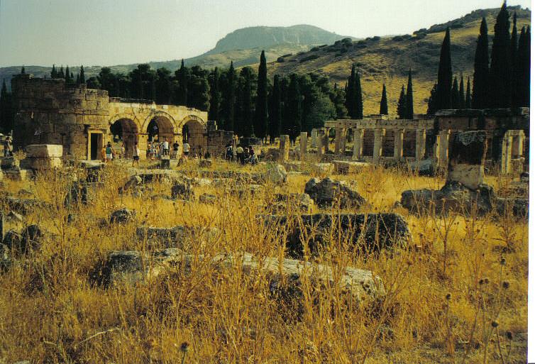 eine antike Stadt bei Pammukale-Hierapolis