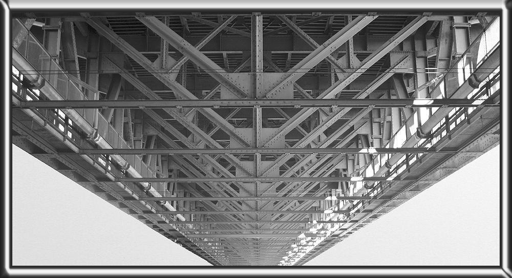 Eine Brücke.....