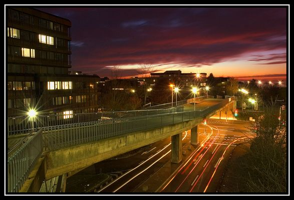 Eine Brücke zwischen Tag und Nacht...
