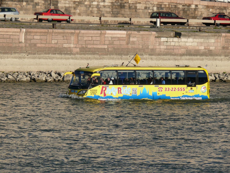 Eine Busfahrt die ist lustig
