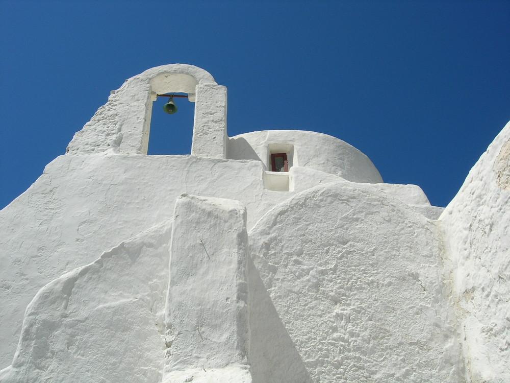 eine der vielen wunderschönen Kirchen auf Mykonos