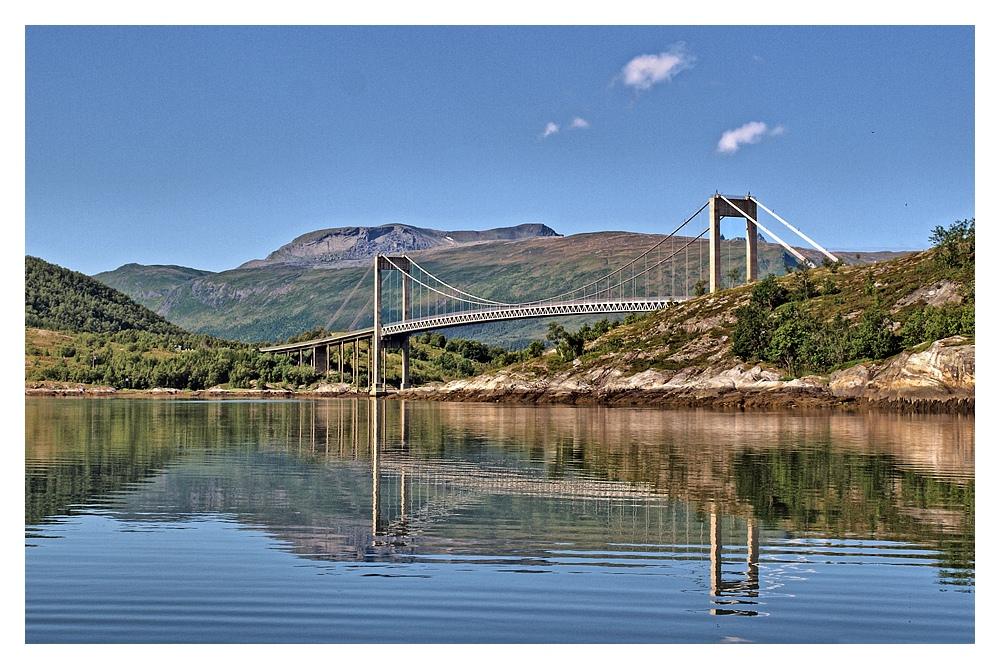 Eine Fahrt durch den Beiarnfjord (14)