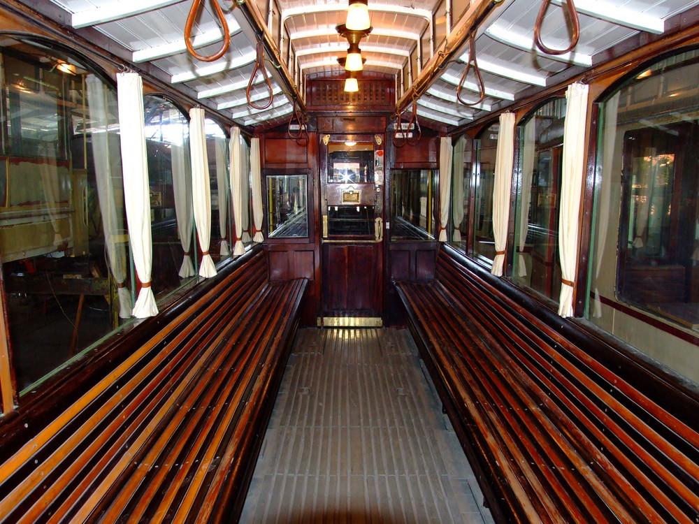 Eine ganz alte***Straßenbahn***Im Museumsbahnhof Schönberg***Aber alles