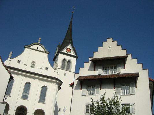 Eine Kirche im Seetal