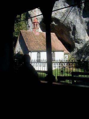 Eine Kirche in Gebirgen